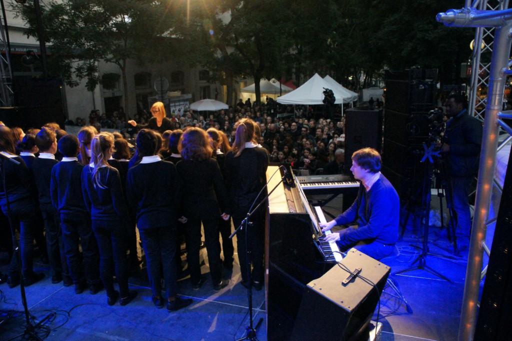 Le Choeur des Polysons au Festival Piaf pour les 50 ans de la disparition de la chanteuse.