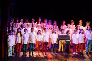 Les Petits Polysons chantent pour les Bébés du Coeur
