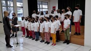 Le Choeur des Petits Polysons chantent Michka